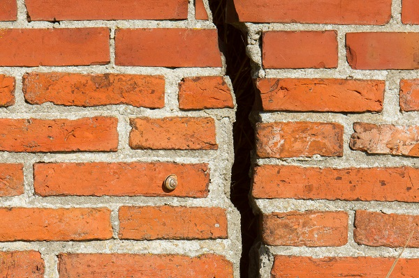 Masonry Repair Seattle - Excel Chimney and Fireplace |Tuck Point Mortar Retaining Wall